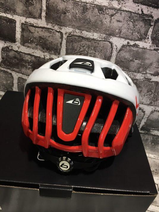 casco bollè 9