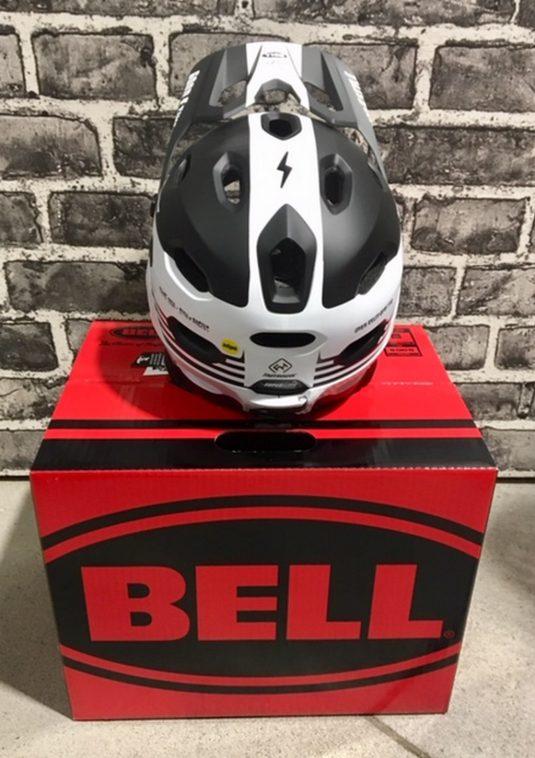 casco dh bell 3