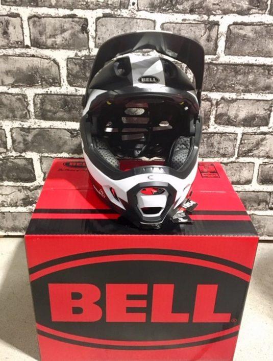 casco dh bell 4