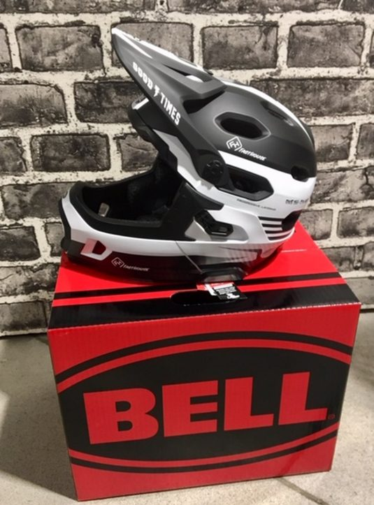 casco dh bell 5