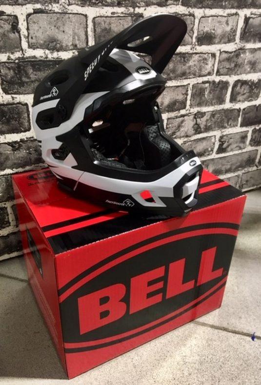 casco dh bell 6